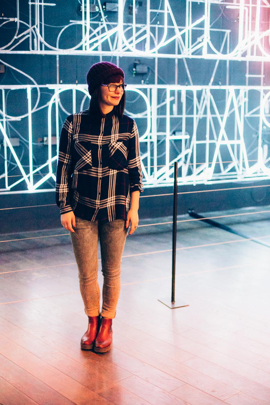Sagmeister-Neon-Typo